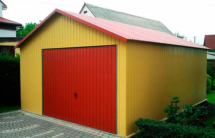 Монтаж двускатной крыши гаража из профнастила своими руками