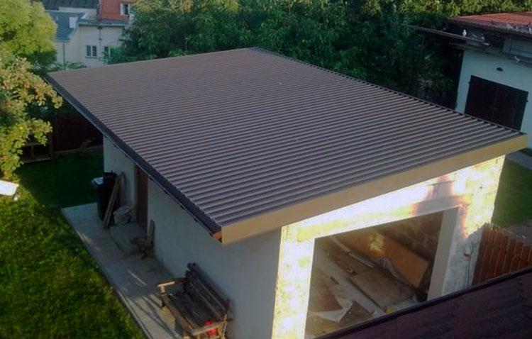 Односкатная крыша для гаража из профнастила